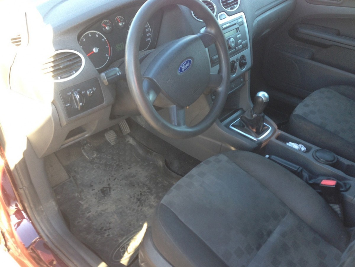 Ford Focus 2005 год