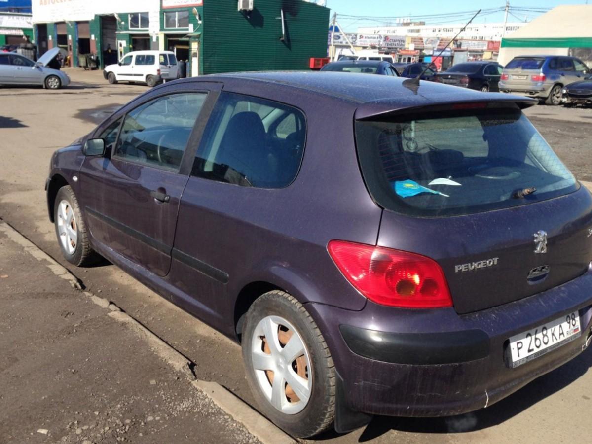 Peugeot 307 2001 год
